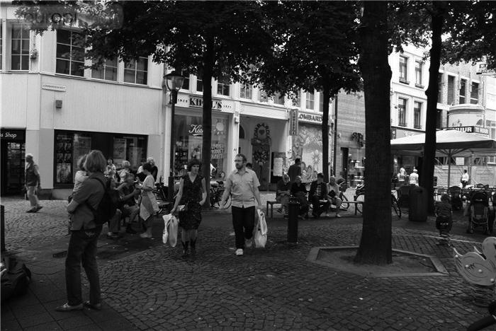 lombardenvest-winkelen-in-antwerpen-3(p-location,1067)(c-0)